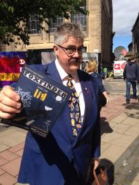 Phil Jupitus lends a hand